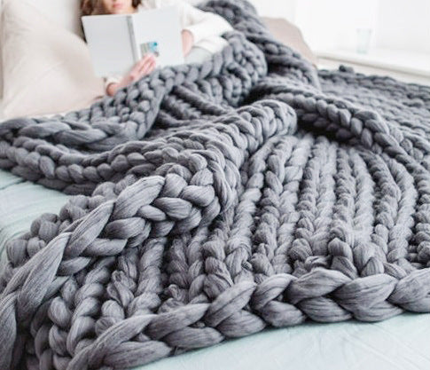 HAND-KNIT CHUNKY BLANKET MULTIPLE COLORS