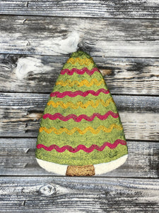 Christmas Tree w/ Red & Gold Garland Bath Bomb
