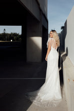 Load image into Gallery viewer, Cleo - Oscar & Ivy Bridal