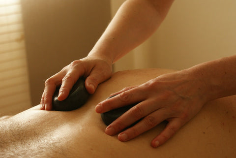 hot stone massageolie