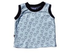 "Load image into Gallery viewer, T-Shirt ""Mint Hearts"""