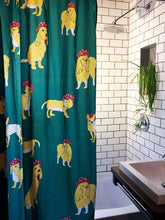 Elie Chap, illustrateur, artiste, montreal, rideau de douche, shower curtain, artist, home decor, home accent, bathroom, bathroom design, artwork, design, print, dogs