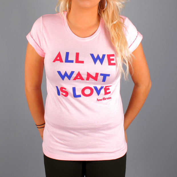 All We Want T-Shirt Pink