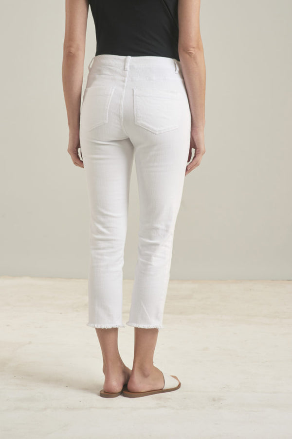 White Capri Fray Jean