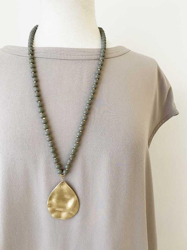 Matte Gold & Bead Necklace
