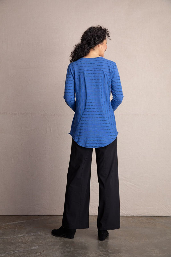 Blue Seam Shirttail Top