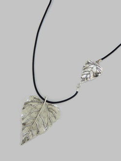 Double Leaf Shiny Silver Necklace