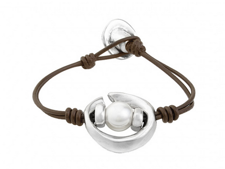 Oasis Pearl & Leather Bracelet