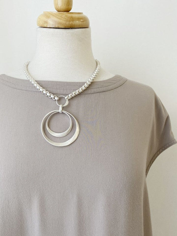 Loop in Chain Necklace