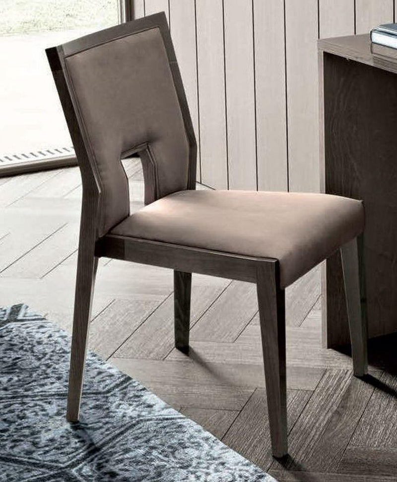 Camel Tekno Night Ambra Chair - AR Furnishings - Specialists In Bringing Luxury Into Your Home.