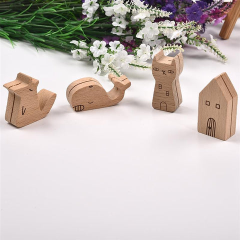 Cute Wooden Animals Picture Holder