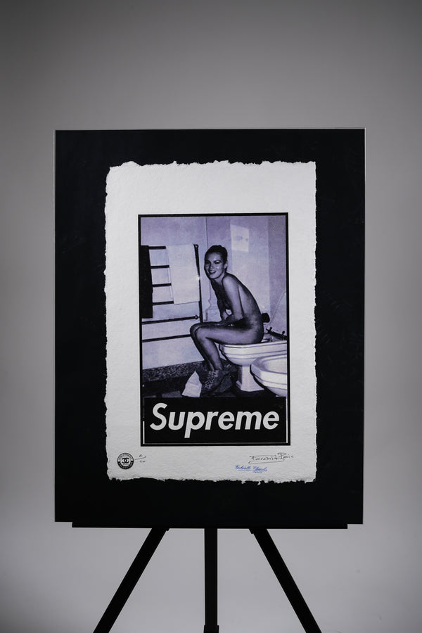 "Supreme ""Bathroom"" Print"