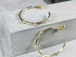 Medium Bubble hoops |  Gold