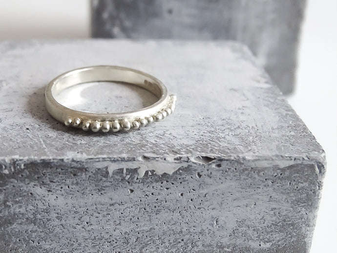 Beaded wedding band - Milly Maunder Designs