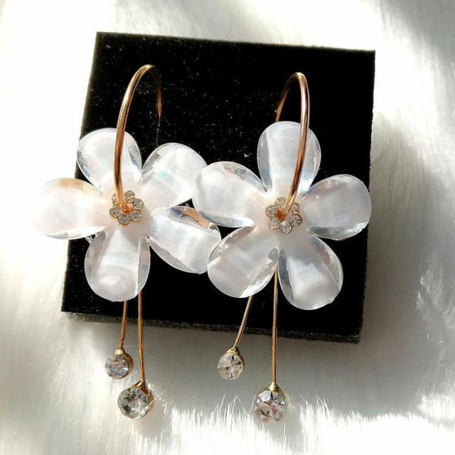 Korean White Flower Earrings