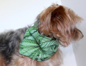 Dog Bandana, Green Cannabis Leaf Dogs Bandanas