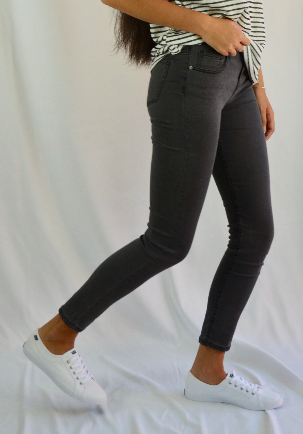 Sandy Washed Skinny Jean