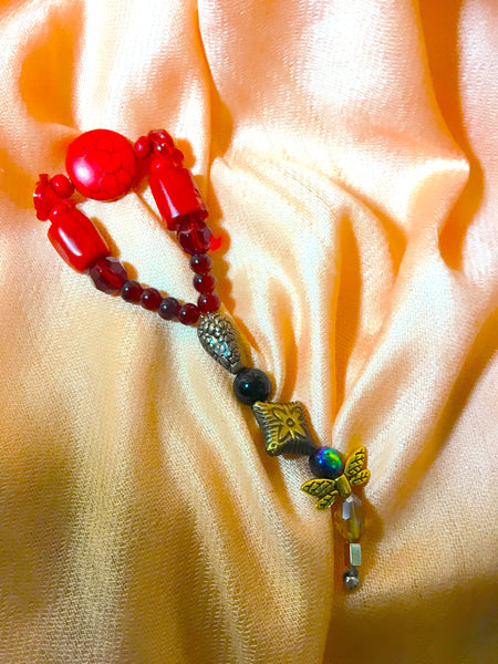Tiny Red Roses, howlite, brass - myquietcomfort