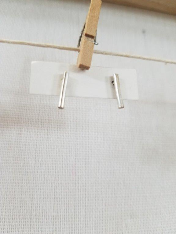 Short Smooth Bar Stud Earrings