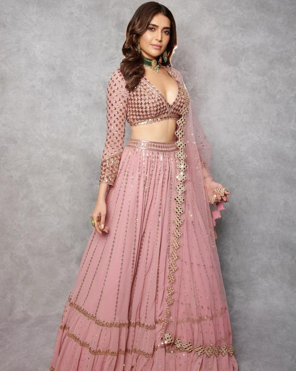 SE Bridal Lehenga Einaya Collection New Lunching Designer Bridal Wear Georgette Heavy Work Lehengas With Dupatta