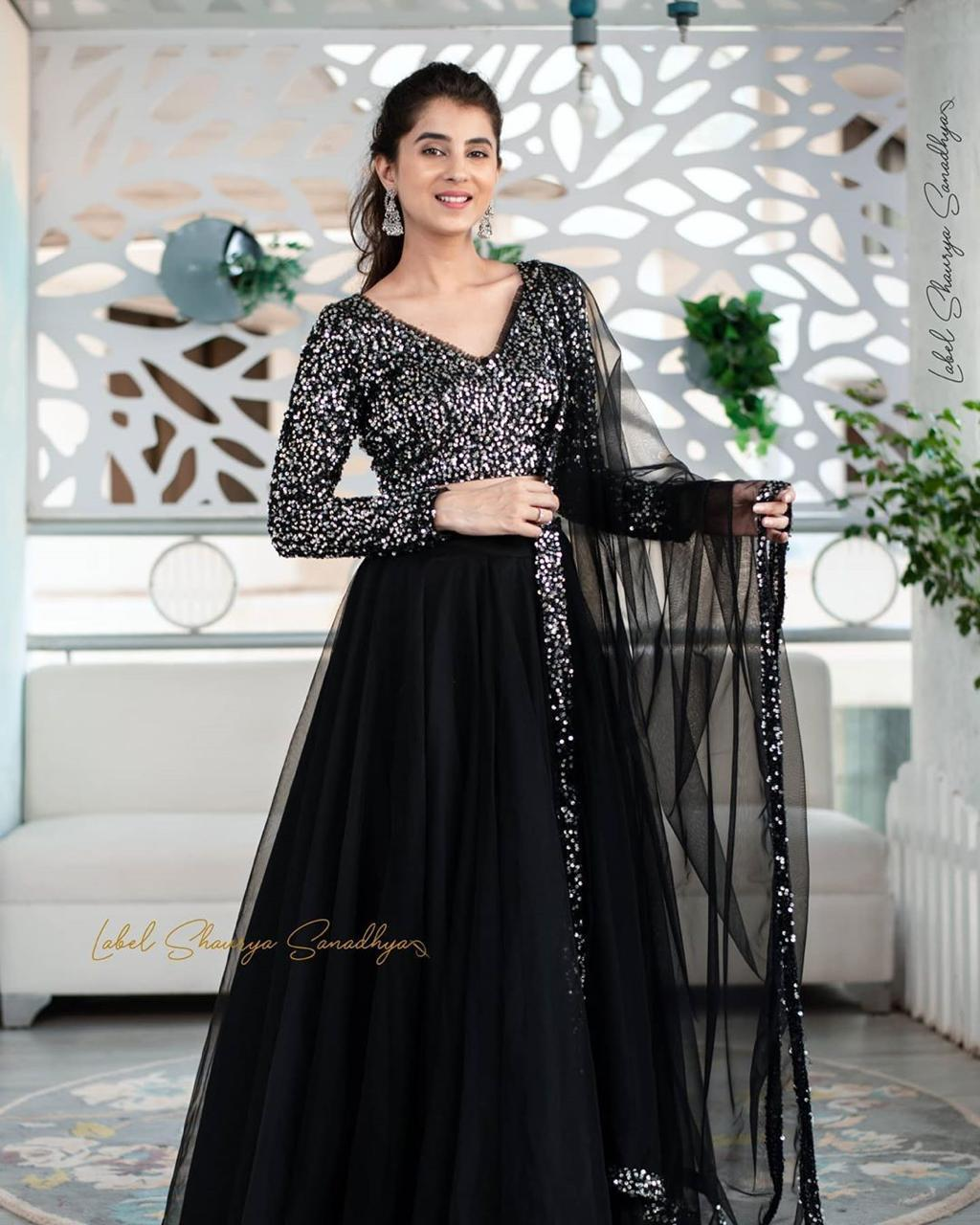 EianayaCollection Presents Stylish Designer Lehnega in Superior Quality