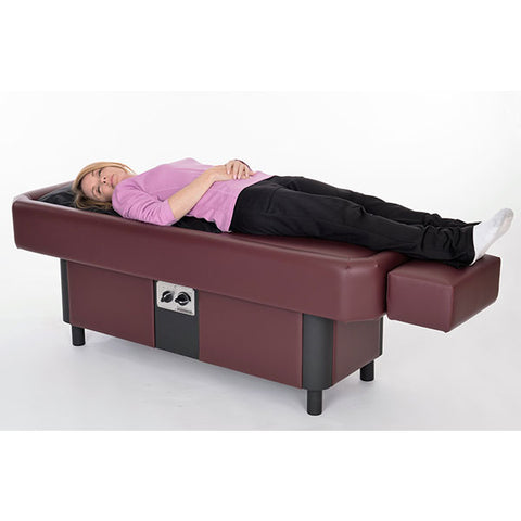 Sidmar Pro S10 Hydromassage Table MTPS Lady Laying On Table