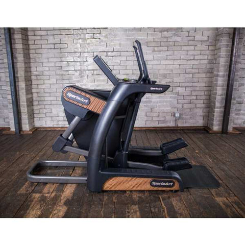 SportsArt V886-16 Verso Cross Trainer