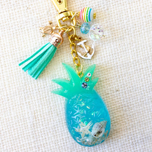 Under the Sea [GLOW IN THE DARK] Pineapple Charm Keychain