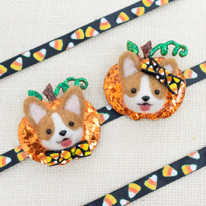 Corgi with Bow Pumpkin Pin