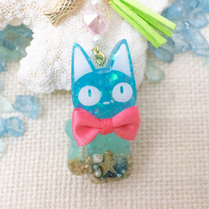 Jiji Cat Beach Vibe [GLOW IN DARK] Liquid Shaker Charm Keychain