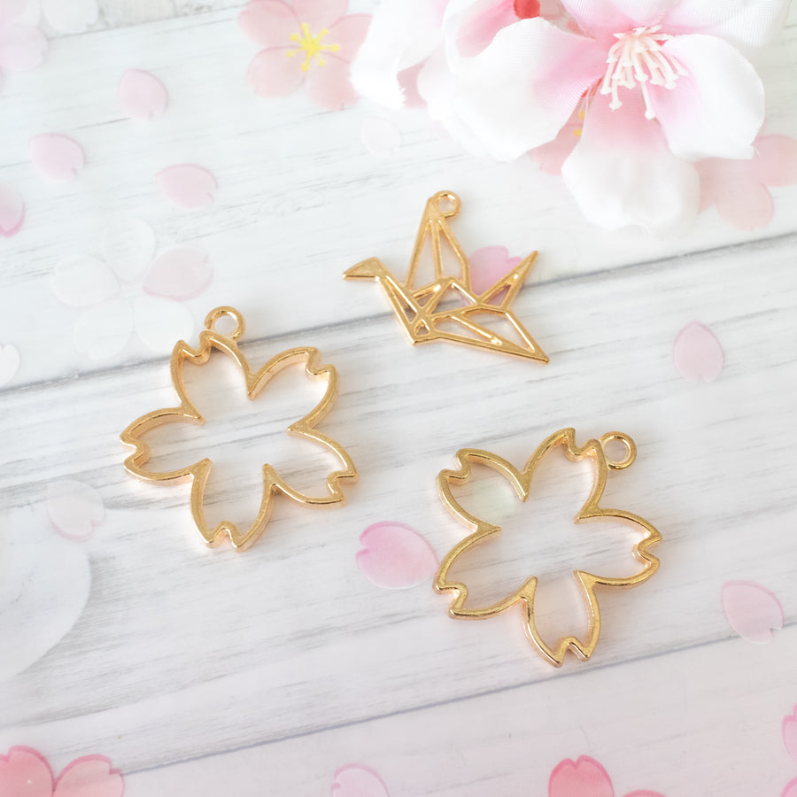 3 piece set | Sakura (Cherry Blossom) and Origami Crane Open Bezel Frames