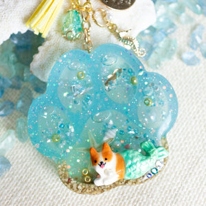 "Paw ""Mercorgi"" Liquid Shaker Charm Keychain [Glows in the Dark]"