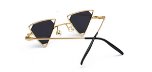 TRIANGLE GEOMETRY METAL FRAME HOLLOW EYEWEAR (GOLD-BLACK LENS)