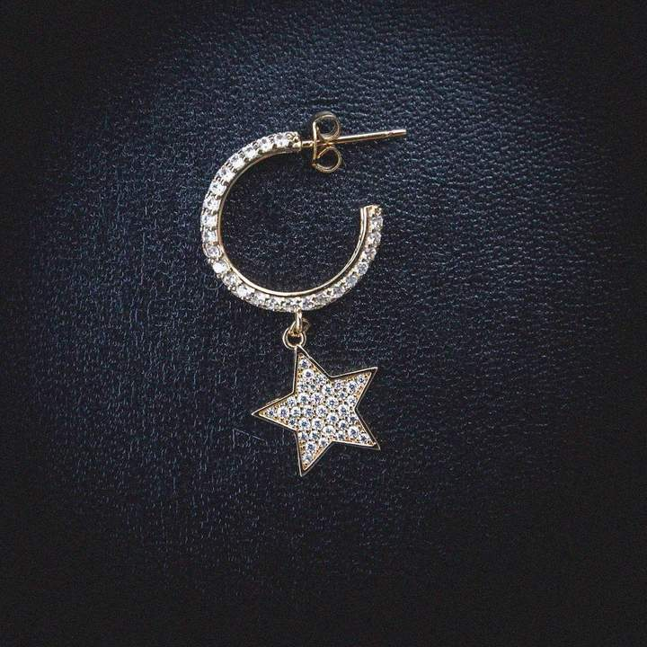 STAR HOOP EARRING IN 18K GOLD