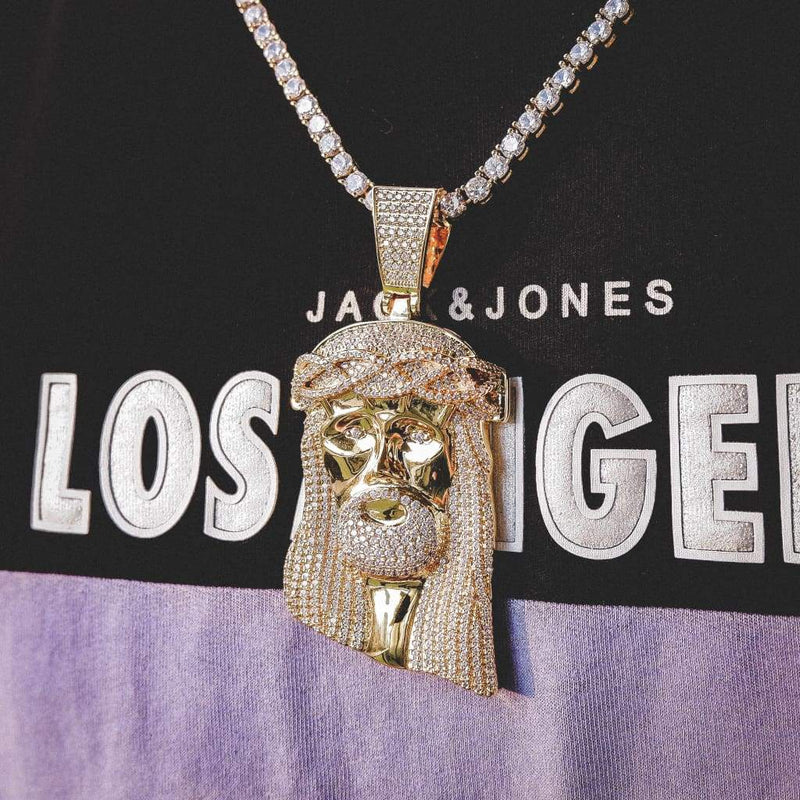 XL JESUS PIECE PENDANT IN 18k YELLOW GOLD