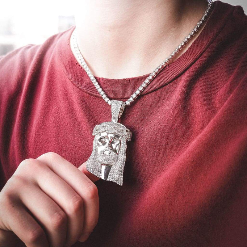EXTRA LARGE JESUS PIECE PENDANT IN 18k WHITE GOLD