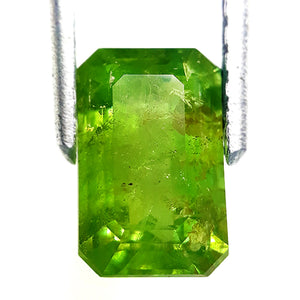 Natural demantoid garnet 2.00 carats loose yellowish green gemstone - Redstargems