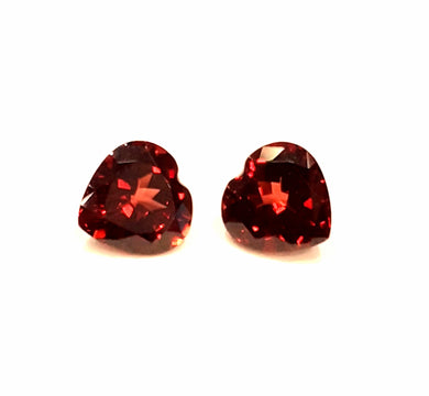 Natural garnet little hearts pair for perfect earrings