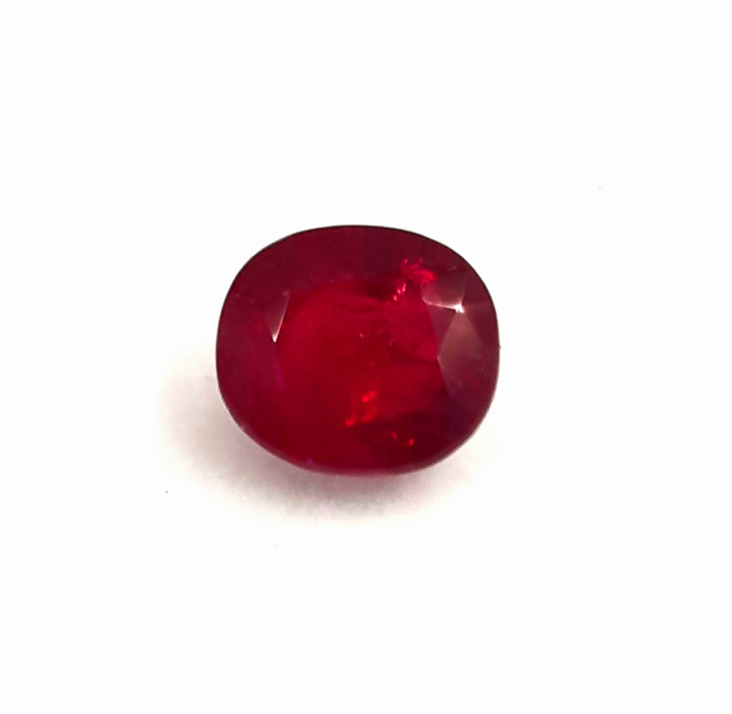 Natural ruby gemstone mozambique origin 2.90 carats - Redstargems