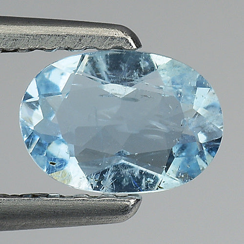 Aquamarine gemstone loose oval 0.40 carats 6 x 4 mm - Redstargems