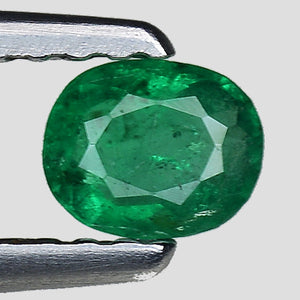 Natural vivid green emerald 0.25 carats oval shape - Redstargems