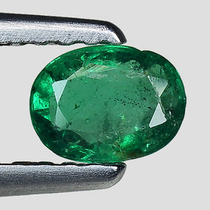 Emerald gemstone loose oval shape 0.30 carats - Redstargems