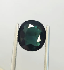 Natural green blue tournmaline gemstone 3.60 carats unique piece
