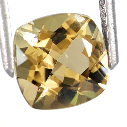 Cushion shape natural yellow beryl gemstone 1.35 carats 7.5 mm