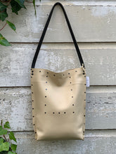 Load image into Gallery viewer, Cream Urban Tote