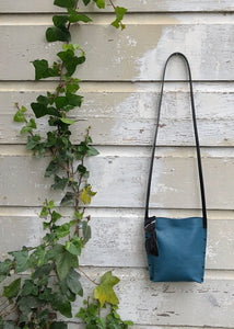 Urban Crossbody Bag Medium