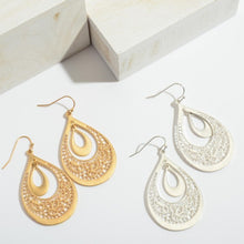 Load image into Gallery viewer, Nested Filigree Earrings