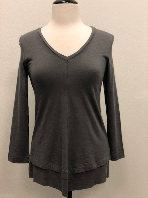 Ribbed Hem V-Neck (Earth or Petal)