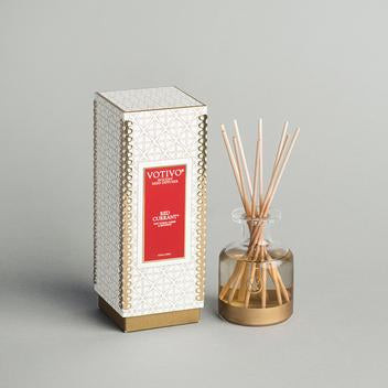 Votivo  Holiday Collection Reed Diffuser - Red Currant