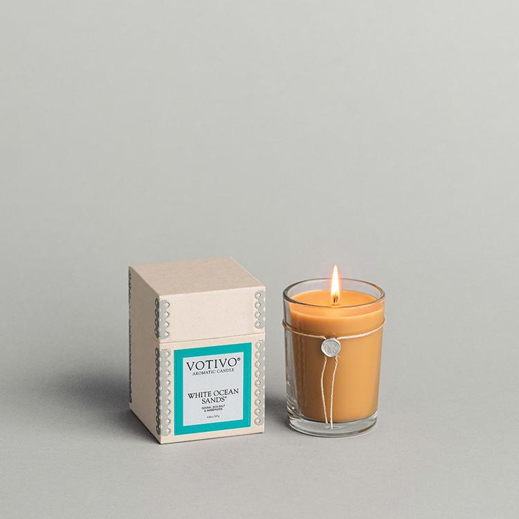 Votivo Aromatic Candle- White Ocean Sands